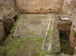 siéges toilette d'insulae Ostia